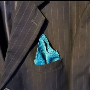 Pocket square by Geoffrey Beene blue